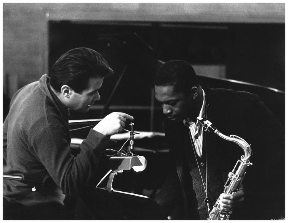 impulses-bob-thiele-talks-to-john-coltrane-at-the-1963-recording-of-john-coltrane-and-johnny-hartman-photo-joe-alper.jpg