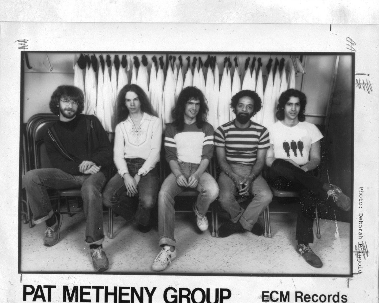 3 Offramp 앨범 작업 당시 라인업, 좌로부터 스티브 로드비, 라일 메이스, 팻 메시니, 나나 바스콘셀로스, 대니 고틀리엡.jpg