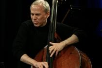 현대 재즈의 창조적 비전 담긴,  어느 베이스주자의 기타 로망   -  마크 존슨(Marc Johnson)